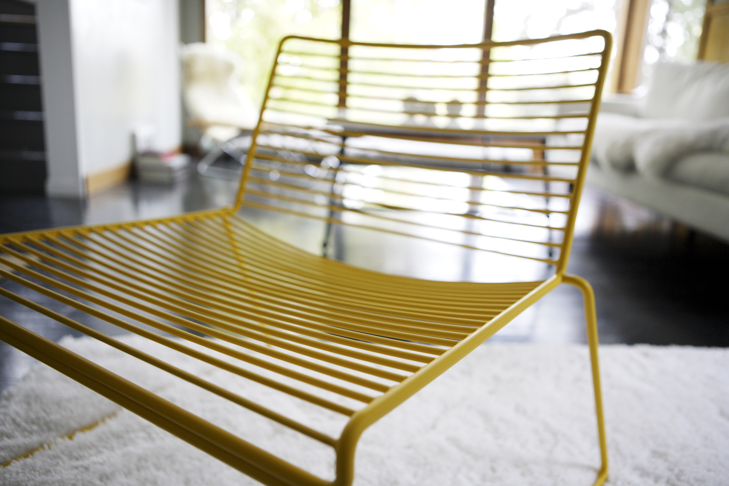 LD10455YELLOWCHAIR2.JPG